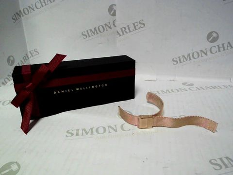 Lot 533 DANIEL WELLINGTON MESH BRACELET WATCH STRAP - ROSE GOLD