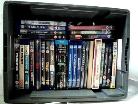 Lot 8132 LOT OF APPROXIMATELY 25 ASSORTED BLU-RAYS TO INCLUDE; X-MEN, HOME ALONE, BLADE ETC