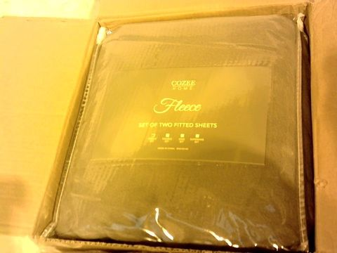 Lot 1047 COZEE HOME SET OF FLEECE DEEP FITTED SHEETS - SINGLE, GREY