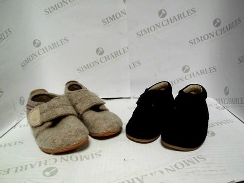 Lot 1070 IKEA PACK OF 2 PAIRS OF SLIPPER BOOTS - SIZE 22 AND 21
