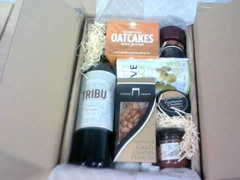 Lot 11 WINE & CHEESE CRATE