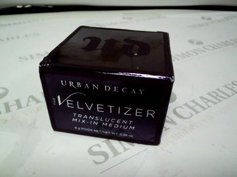 Lot 8189 URBAN DECAY VELVETIZER