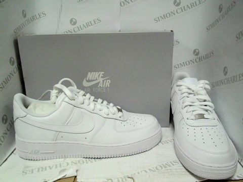 Lot 1207 NIKE AIR FORCE 1 07 - UK SIZE 10.5