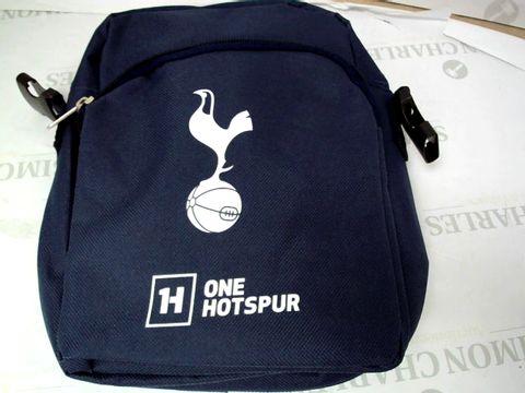 Lot 550 HOTSPUR SMALL SHOULDER BAG