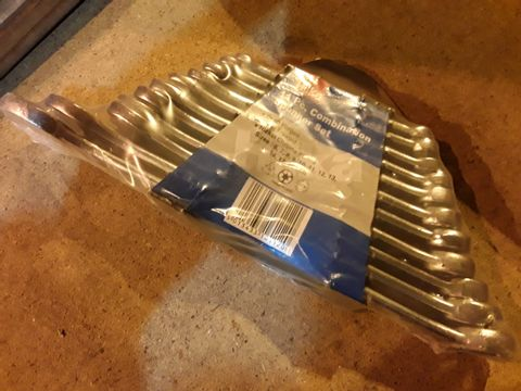 Lot 19 HILKA 11 PIECE VOMBINATION SPANNER SET 6 - 19mm