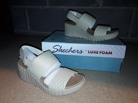 Lot 10096 BOXED PAIR OF SKETCHERS - SIZE 6