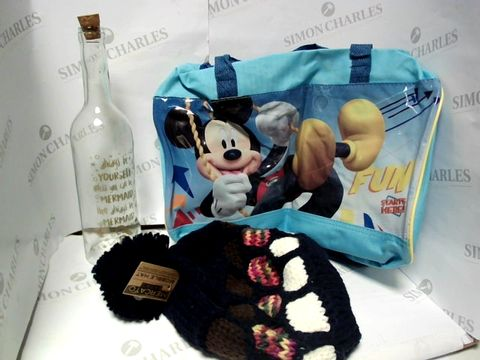 Lot 17758 LOT OF APPROXIMATELY 5 ASSORTED HOUSEHOLD ITEMS, TO INCLUDE MERCATO BOBBLE HAT, DESIGNER WINE GLASS ORNAMENT, MICKEY MOUSE SPORTS BAG, ETC