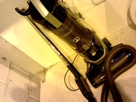 Lot 12129 HOOVER H-UPRIGHT 500 PLUS