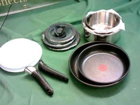 Lot 5236 TEFAL INGENIO STAINLESS STEEL PAN SET