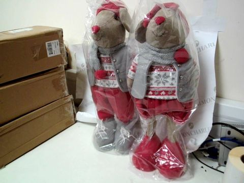 Lot 234 TWO STANDING MOUSE ROOM DECORATIONS 1 GIRL, 1 BOY. RRP £45.98