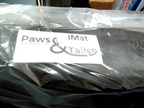 Lot 7565 PAWS & TAILS BLACK iMAT PET BED 70 x 90cm