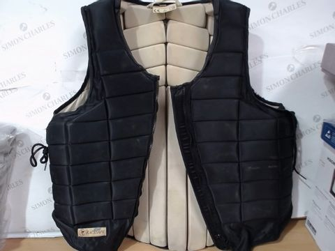 Lot 3014 USED CONDITION RACESAFE RS2000 LARGE BODY PROTECTOR