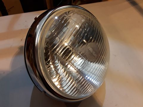 Lot 37 MINDRA VINTAGE STYLE MOTORCYCLE HEADLIGHT UNIT WITH INTEGRATED AMP GAUGE 20mm diam