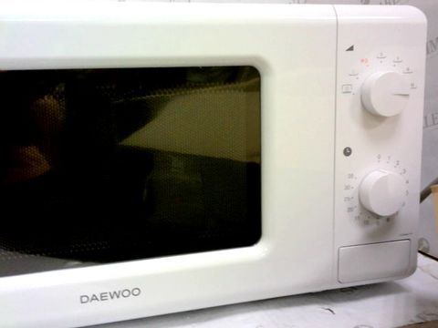 Lot 77 DAEWOO MANUAL CONTROL MICROWAVE, 700 W, 20 LITRE, WHITE