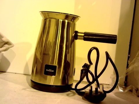 Lot 11426 DUALIT HOTEL CHOCOLAT VELVETISER HOT CHOCOLATE MACHINE, COPPER