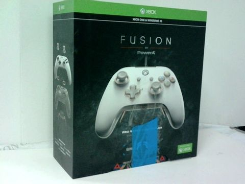 Lot 4206 POWERA FUSION PRO WIRED CONTROLLER FOR XBOX ONE & WINDOWS 10
