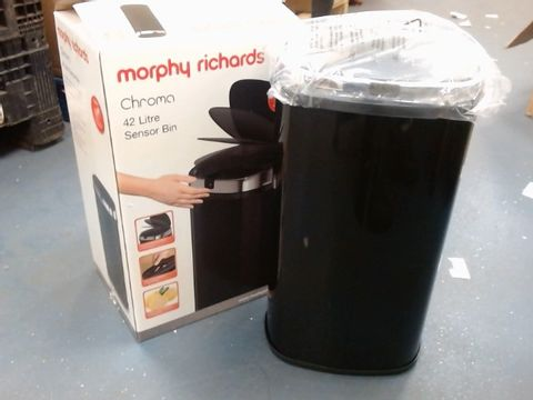 Lot 25 MORPHY RICHARDS CHROMA BLACK 42 LITRE SQUARE SENSOR BIN RRP £69.00