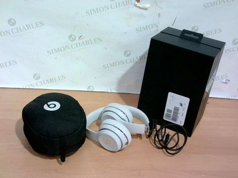 Lot 3423 SILVER BEATS HEADPHONES