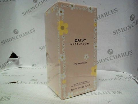 Lot 5021 BRAND NEW AND SEALED MARC JACOBS DAISY EAU SO FRESH EDT 125ML