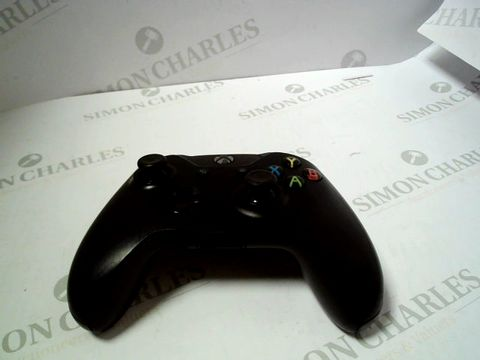Lot 597 XBOX WIRELESS CONTROLLER  RRP £80.00