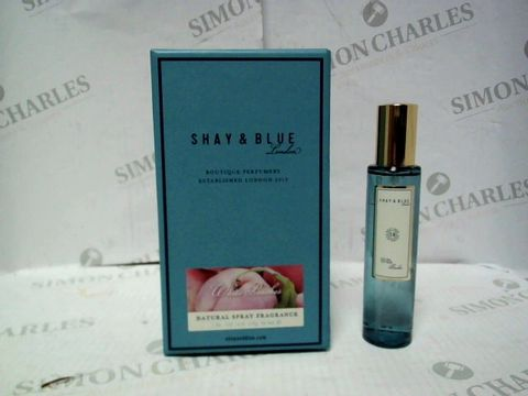 Lot 8089 SHAY & BLUE WHITE PEACHES PARFUM 30ML