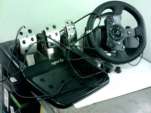 Lot 4224 LOGITECH G920 DRIVING FORCE RACING WHEEL AND FLOOR PEDALS FOR PC/MAC, XBOX ONE
