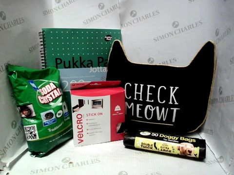 Lot 7648 LOT OF A LARGE QUANTITY OF ASSORTED HOUSEHOLD ITEMS, TO INCLUDE DESIGNER CHECK MEOWT CUSHION, DRI PAK SODA CRYSTALS, PUKKA PAD 200 PAGE NOTEBOOK, ETC