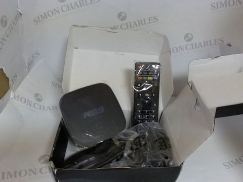 Lot 3514 R69 ANDROID TV BOX