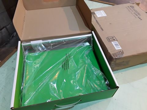 Lot 81 BOXED CUTTERPILLAR PRO SCRAPBOOK AND CRAFT PAPER TRIMMER