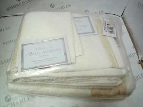 Lot 130 BELLE MANSION BATH TOWELS IN CREAM AND GOLD