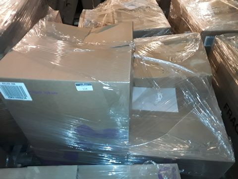 Lot 4073 PALLET OF APPROXIMATELY 110 ASSORTED CLOTHING ITEMS, TO INCLUDE: