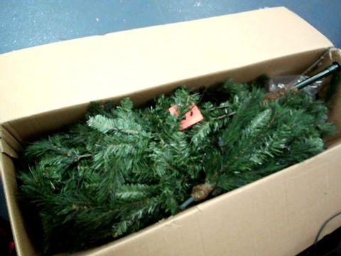 Lot 11039 WE R CHRISTMAS PRE LIT VICTORIAN PINE 6FT XMAS TREE