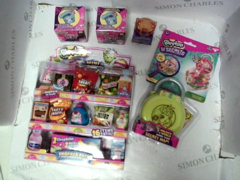 Lot 46 SHOPKINS BUNDLE 5 ITEMS