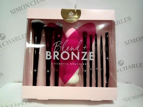 Lot 7432 BLEND & BRONZE COSMETIC BRUSH SET - BRAND NEW SEALED