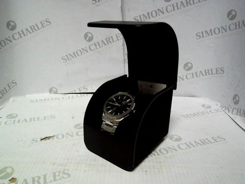 Lot 4320 EMPORIO ARMANI EXCHANGE STAINLESS STEEL ANALOG WRISTWATCH RRP £545.00
