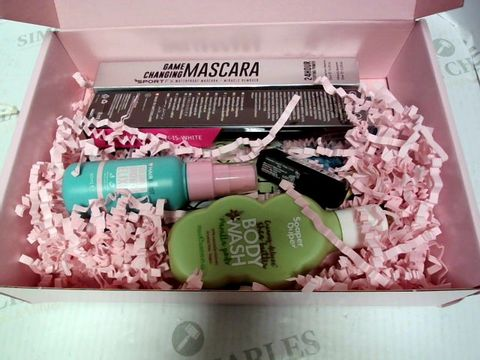 Lot 8068 ROCCABOX COSMETICS BOX