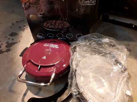 Lot 547 GEORGE FOREMAN FAT REDUCING GRILL