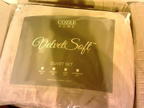 Lot 11003 COZEE HOME DUVET SET - DOUBLE, VINTAGE ROSE