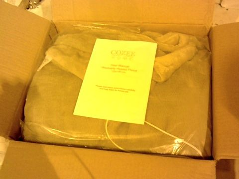 Lot 1020 COZEE HOME LUXURY FAUX FUR HEATED THROW
