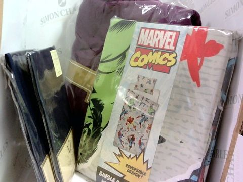 Lot 1031 4 ASSORTED BEDDING ITEMS INCLUDING LUXURY PILLOWCASES AND MARVEL COMICS SINGLE DUVET SET.