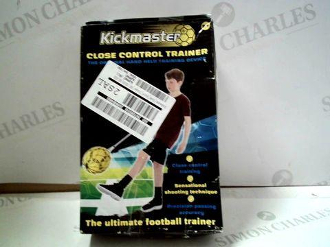 Lot 4192 KICKMASTER CLOSE CONTROL FOOTBALL TRAINER  RRP £19.99