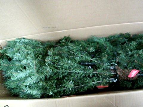 Lot 11002 WE R CHRISTMAS PRE LIT VICTORIAN PINE 6FT XMAS TREE