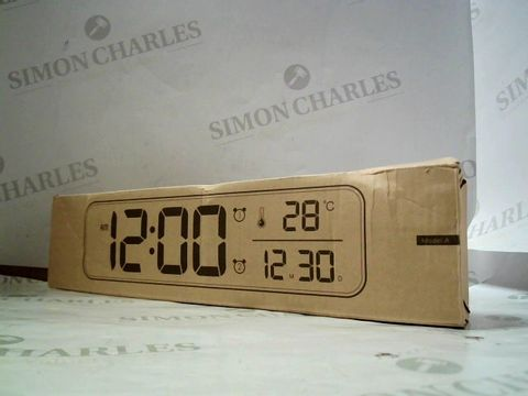 Lot 7013 LED MUSIC ALARM CLOCK