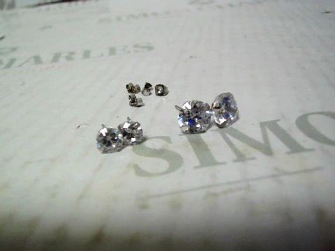 Lot 4309 9CT WHITE GOLD SET OF 2 CUBIC ZIRCONIA EARRINGS RRP £64.00