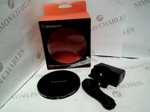Lot 7452 BLACKWEB WIRELESS SMARTPHONE CHARGING PAD