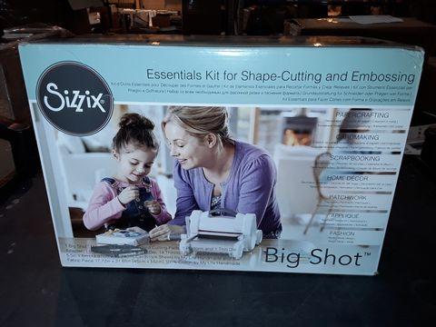 Lot 458 SIZZIX ESSENTIALS KIT FOR SHAPE-CUTTING AND EMBOSSING