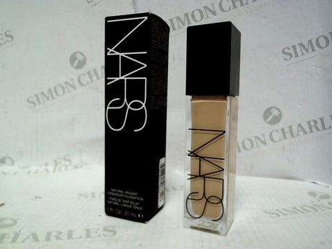 Lot 5330 NARS FOUNDATION - MEDIUM 2 SANTA FE