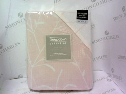 Lot 4223 SLEEPDOWN ESSENTIAL EASY CARE DUVET SET