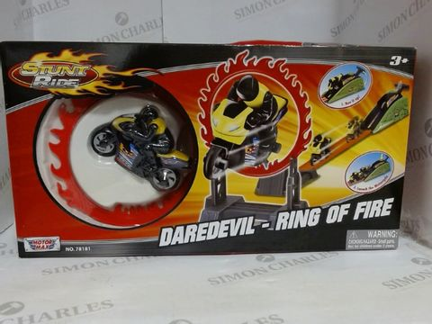 Lot 1405 STUNT RIDE DAREDEVIL RING OF FIRE MOTORCYCLE   3+