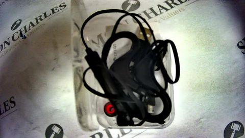 Lot 1152 WIRED MUSIC EARPHONES